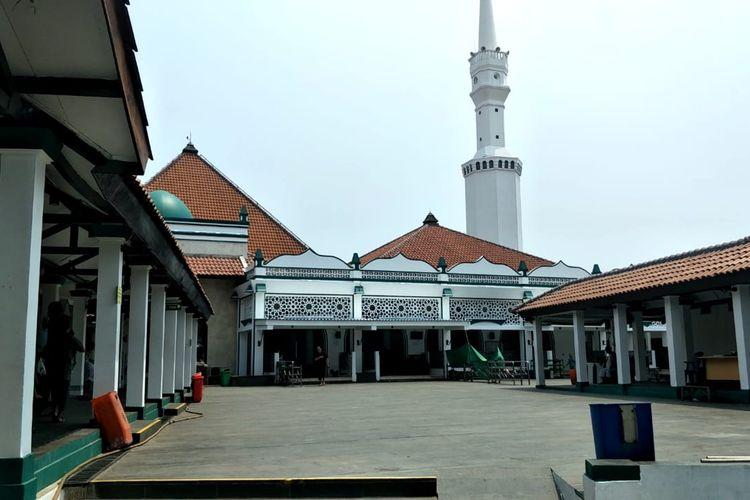 Masjid Keramat Luar Batang, Penjaringan, Jakarta Utara, Kamis (22/4/2021).