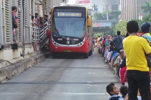 Seperti Commuter Line, Tarif Transjakarta Akan Dihitung Sesuai Jarak
