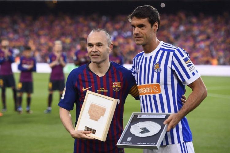 Andres Iniesta dan Xabi Prieto menjalani laga terakhir bersama tim masing-masing pada duel Barcelona vs Real Sociedad di Camp Nou, 20 Mei 2018.