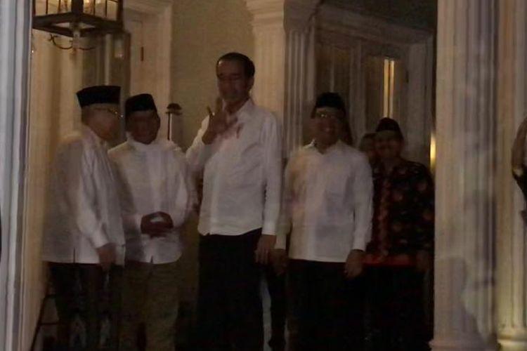 Capres petahana Joko Widodo, Kamis (27/6/2019) malam, saat mendatangi kediaman cawapresnya Kiai Haji Maruf Amin di Jl Situbondo Menteng Jakarta Pusat.