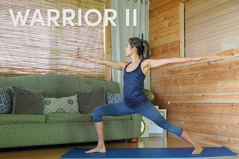 10 Pose Yoga untuk Kamu yang Seharian Duduk di Kantor