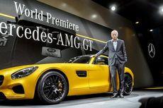 Mercedes Tersenyum, BMW Cemberut di China