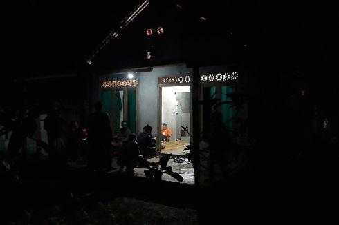 Densus 88 Geledah Rumah Terduga Teroris di Gunungkidul, Amankan Senapan, Pedang hingga Buku