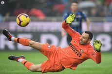 Inter Milan Konfirmasi Handanovic Cedera Patah Jari Kelingking