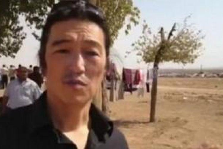 Kenji Goto adalah wartawan lepas dan pembuat film terkenal.