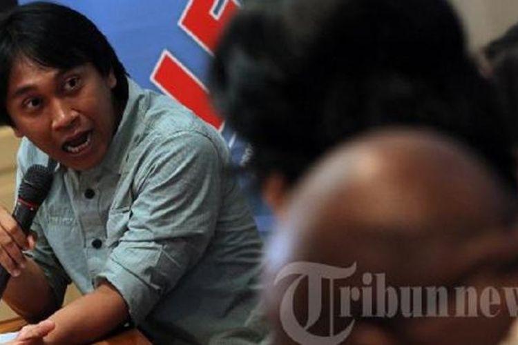 Sejarawan, JJ Rizal, dalam acara Polemik Soempah Pemoeda di Tengah Sumpah Serapah, di Warung Daun, Cikini, Jakarta, Sabtu (27/10/2012).
