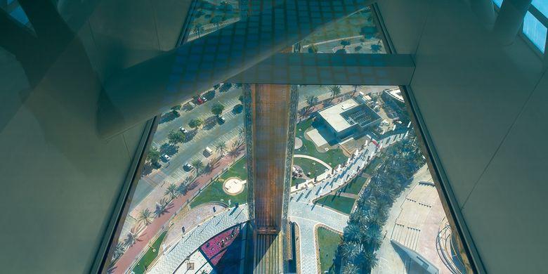 Tempat wisata di Uni Emirat Arab - Sky Bridge di Dubai Frame.