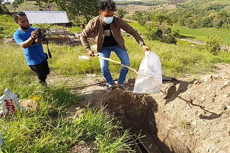Makam Covid-19 Diduga Dibongkar OTK