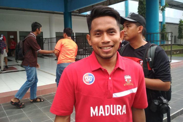 Andik Vermansah setelah mengikuti latihan Madura United menjelang laga pembuka Grup D Piala Presiden 2019 melawan PSS Sleman di Stadion Maguwoharjo, Senin (4/3/2019)