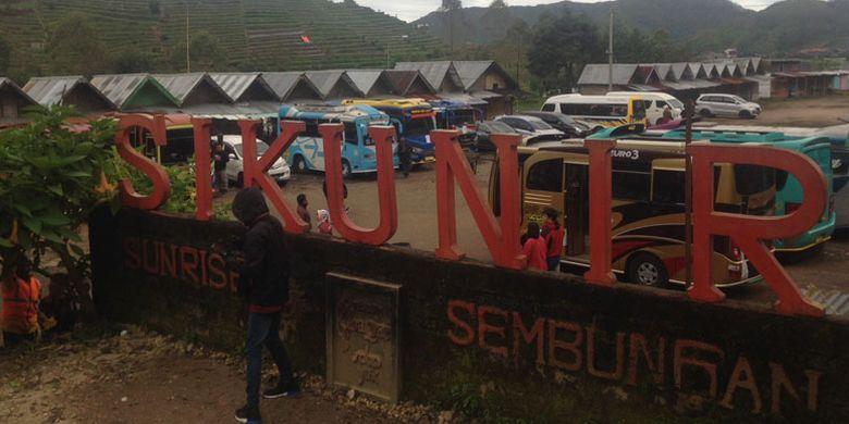 Bukit Sikunir, di Desa Sembungan, Kecamatan Kejajar, Kabupaten Wonosobo, Jawa Tengah, Selasa (20/3/2018).