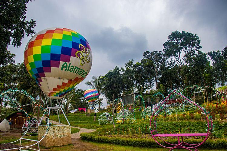 Taman Bunga Alamanda di Sleman, Yogyakarta yang Penuh Spot Foto.