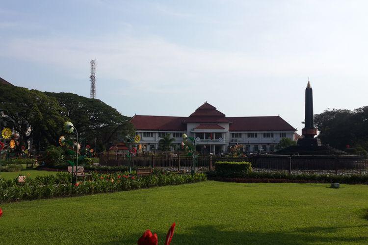 Gedung Balai Kota Malang saat diambil pada Senin (30/10/2017). Gedung tersebut termasuk bangunan heritage yang kerap dikunjungi wisatawan mancanegara.