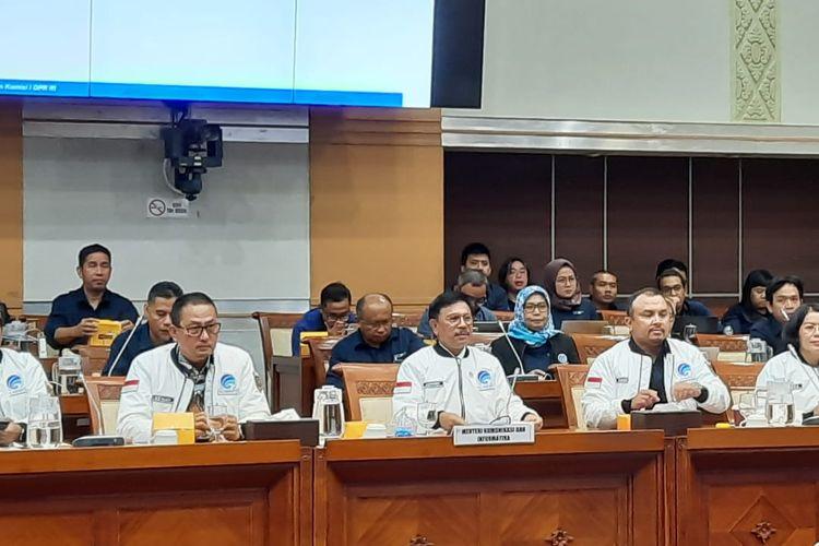 Menkominfo Johnny Plate di RDP dengan Komisi I di DPR RI, Rabu (5/2/2020).