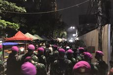 Mencoba ke Bundaran HI, Massa Dihalau Marinir di Plaza Indonesia