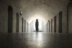 4 Fakta di Balik Pemudik Bandel Jalani Karantina di Rumah Hantu, Menangis Ketakutan