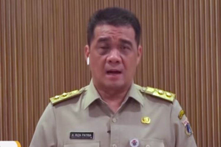 Jakarta Deputy Governor Ahmad Riza Patria on Tuesday, (18/5/2021)