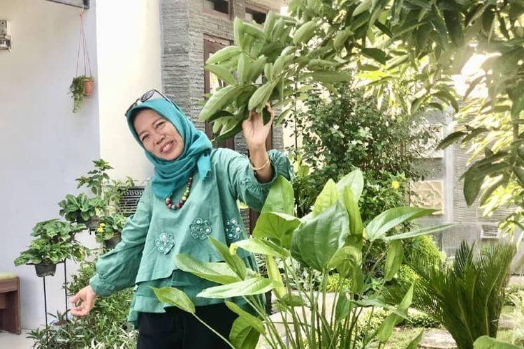 Salah satu peserta program JKN Hidayani Suryatin (52).