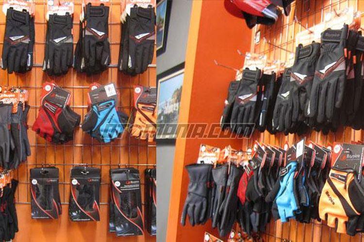 Ragam sarung tangan dari Respiro Jakarta.
