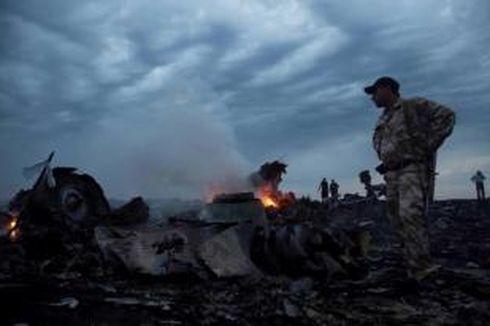 Tim Penyelamat Temukan Kotak Hitam Kedua Pesawat #MH17