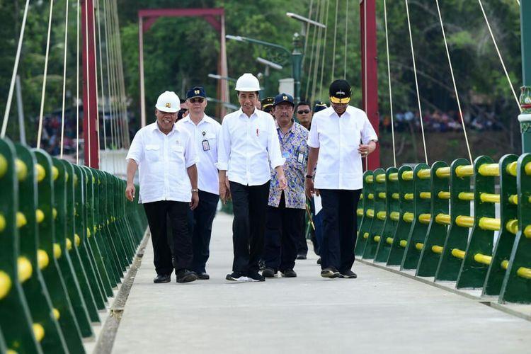 Presiden Joko Widodo Resmikan Bendungan Kamijoro di Kulon Progo