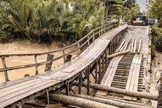 Jembatan Penghubung 2 Kecamatan di Riau Rusak, Warga: Semua Sudah Mengeluh dan Terlalu Sabar
