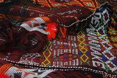 Ulos Jadi Ikon Festival Danau Toba 2014