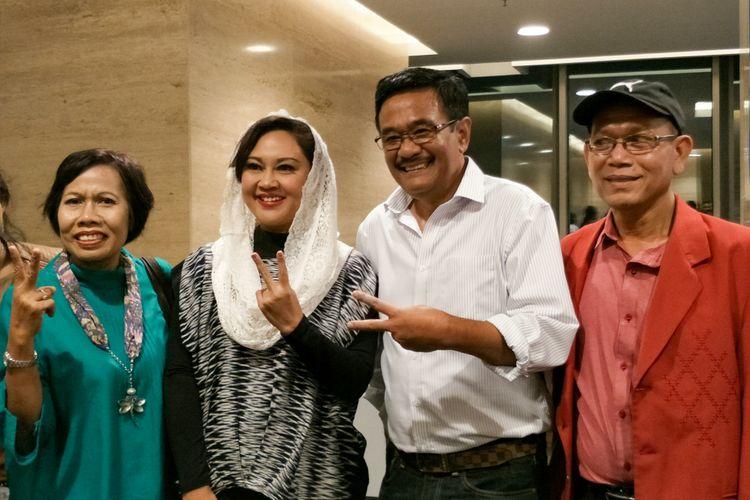 Djarot Saiful Hidayat dan sang istri, Heppy Farida bersama kedua orangtua Maria di MNC Studios, Kebon Jeruk, Jakarta Barat, Senin (19/3/2018).