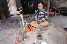 Cerita Ayu, Gadis Disabilitas Pintar Membuat Wayang Lidi dan Melukis