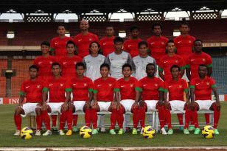 Timnas sepak bola Indonesia. Sebagian dari mereka akan dipanggil masuk Indonesia XI untuk melawan Chelsea, Kamis (25/7/2013).