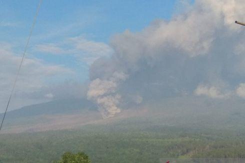 Gunung Semeru Keluarkan Abu Vulkanik, Sekolah Tetap Tatap Muka