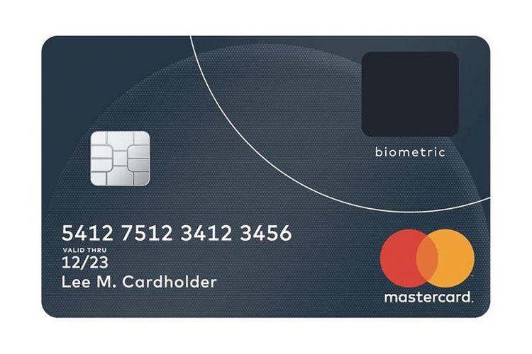Ilustrasi kartu kredit Mastercard dengan pengaman berupa pemindai sidik jari (persegi berwarna gelap di pojok kanan atas).