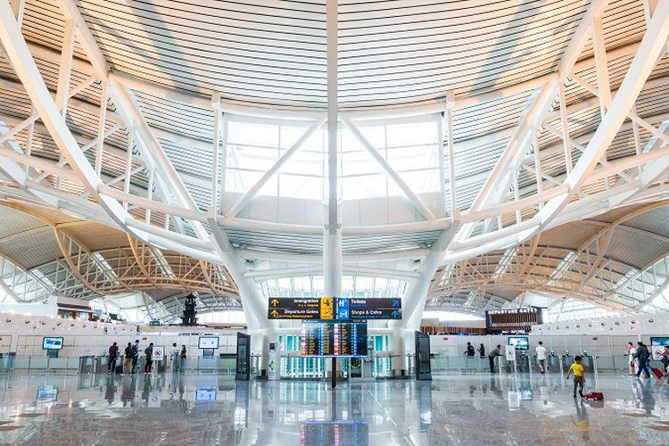 Ilustrasi bandara - Bandara Internasional I Gusti Ngurah Rai di Denpasar, Bali.