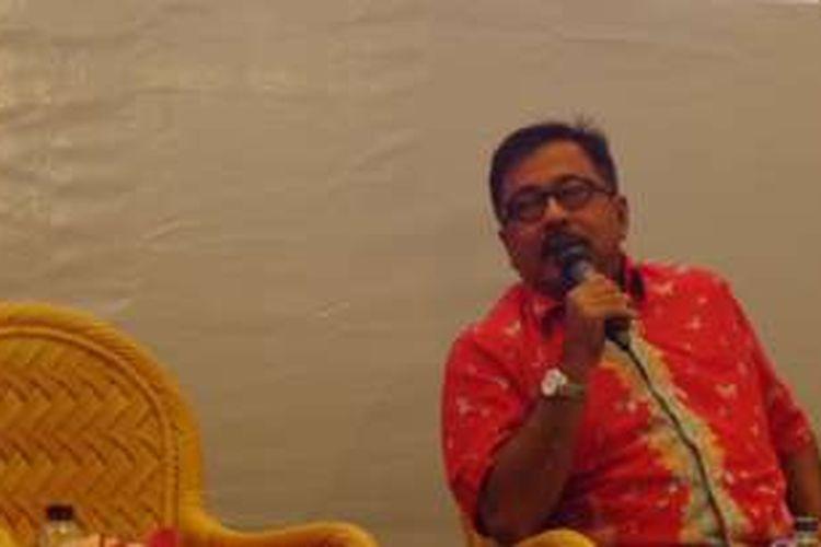 Rano Karno diabadikan ketika menghadiri peluncuran buku berjudul Rano Karno: Si Doer di Indonesia International Book Fair, di Jakarta Convention Center, Jakarta Pusat, Minggu (2/10/2016).