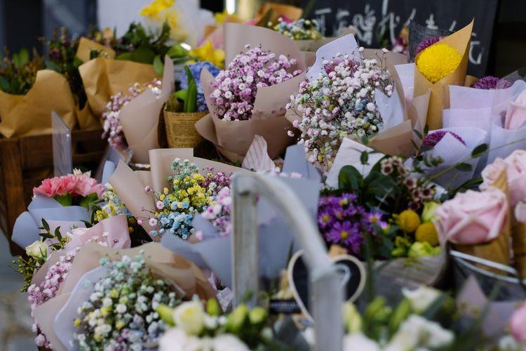 Ilustrasi buket bunga untuk hadiah valentine.