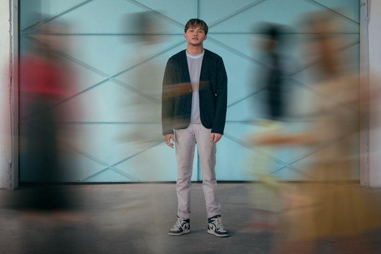 Penyanyi Rizky Febian merilis singel baru berjudul Mantra Cinta.