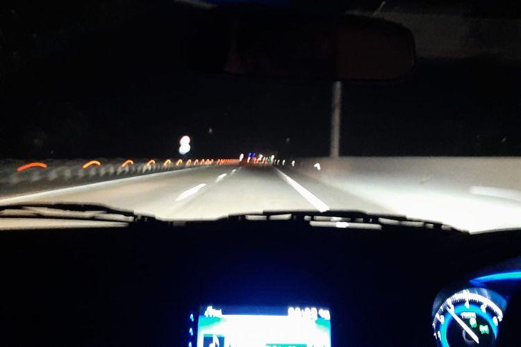Kondisi Tol Trans Sumatera di malam hari