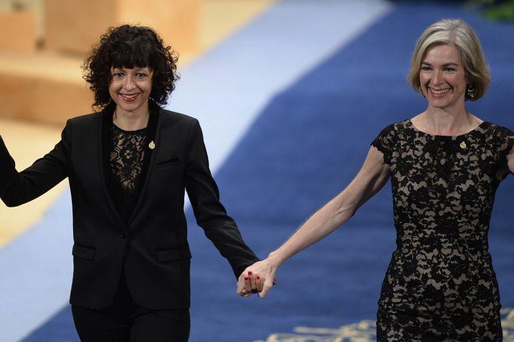 Emmanuelle Charpentier (kiri) dan Jennifer Doudna (kanan) mendapat Penghargaan Nobel Kimia 2020 untuk temuan CRISPR/Cas9, teknologi gen modifikasi termaju saat ini.