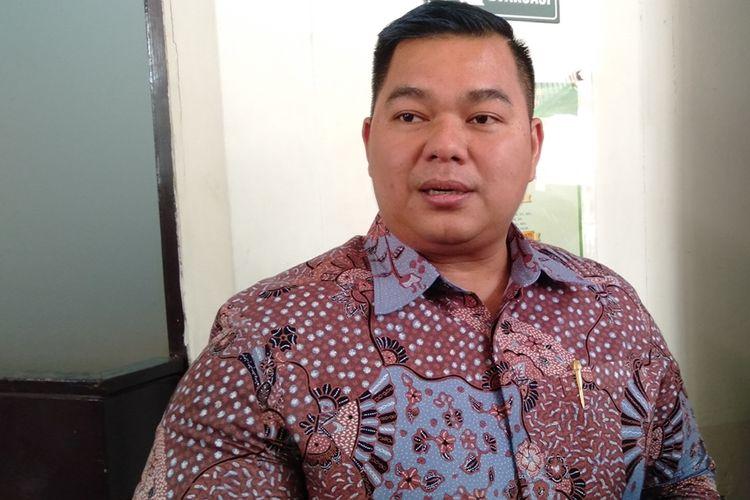 Denny Andrian di Pengadilan Negeri Jakarta Selatan setelah jalani sidang putusan, Selasa (20/8/2019)