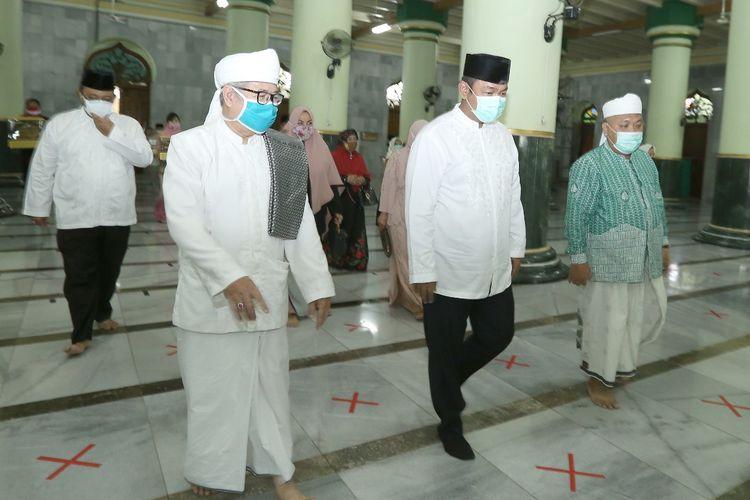 Wali Kota Semarang Hendrar Prihadi saat tinjauan ke Masjid Agung Semarang.