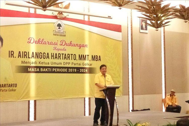 Ketua Umum Partai Golkar Airlangga Hartarto saat memberikan sambutan di acara deklarasi dukungan sebagai Ketua umum DPP Partai Golkar periode 2019-2024