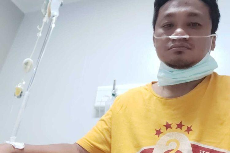 DIRAWAT--Dokter ahli bedah, dr. Sriyanto, SpB saat masih dirawat di RSUD dr. Moewardi