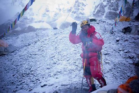 Nobukazu Kuriki Tewas saat Coba Turun ke Camp II Gunung Everest
