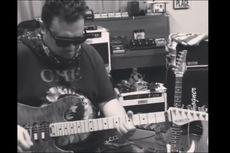 Gitaris Aria Baron Jatuh Sakit, Tampak Gunakan Alat Bantu Pernapasan