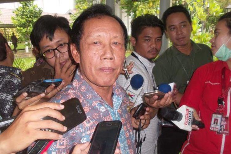 Mantan Kepala Badan Intelejen Negara Sutiyoso diangkat menjadi Komisaris Utama Semen Indonesia.