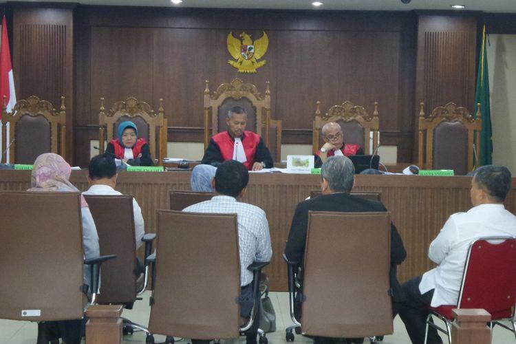 Persidangan terhadap terdakwa auditor BPK Ali Sadli di Pengadilan Tipikor Jakarta, Senin (23/10/2017).