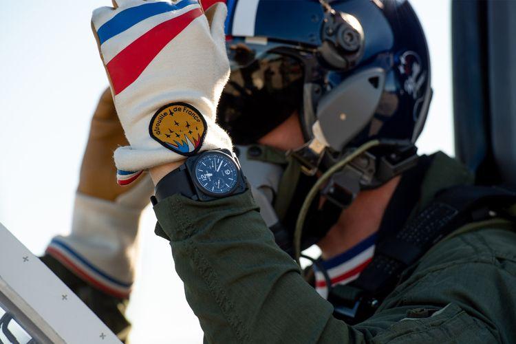 Jam tangan Bell & Ross dipakai pilot Patrouille de France