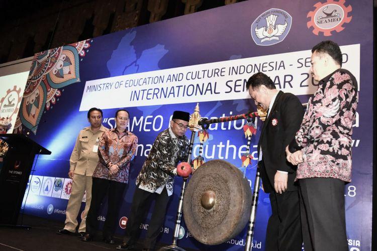 Kemendikbud bekerja sama dengan South East Asian Ministry of Education (SEAMEO) Secretariat menggelar seminar internasional di Kuta, Bali, Rabu (19/9/2018).