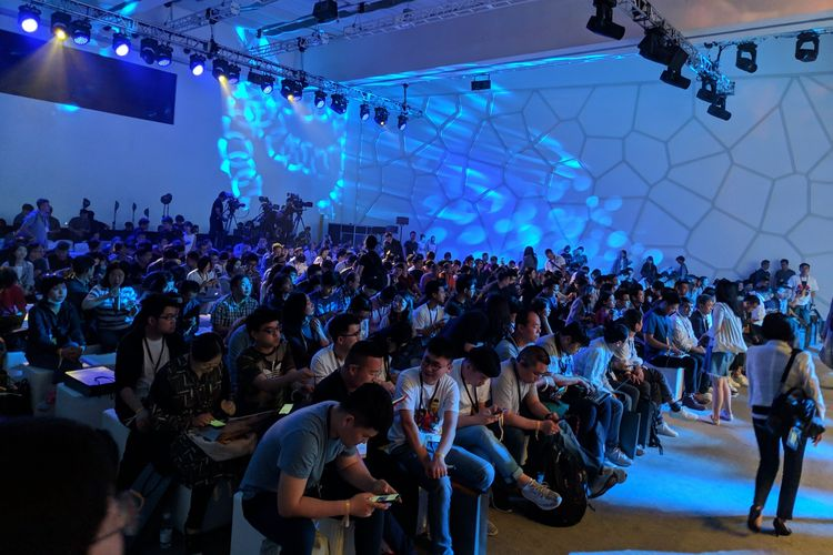Suasana di lokasi peluncuran Realme X di Beijing, China, Rabu (15/5/2019).