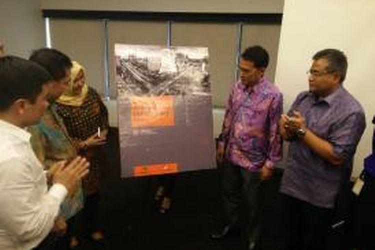 Realestate Indonesia (REI) meluncurkan direktori berisi daftar nama, alamat, dan nomor telepon pengembang REI se-Indonesia, di Intiland Tower, Jakarta, Selasa (5/5/2015).