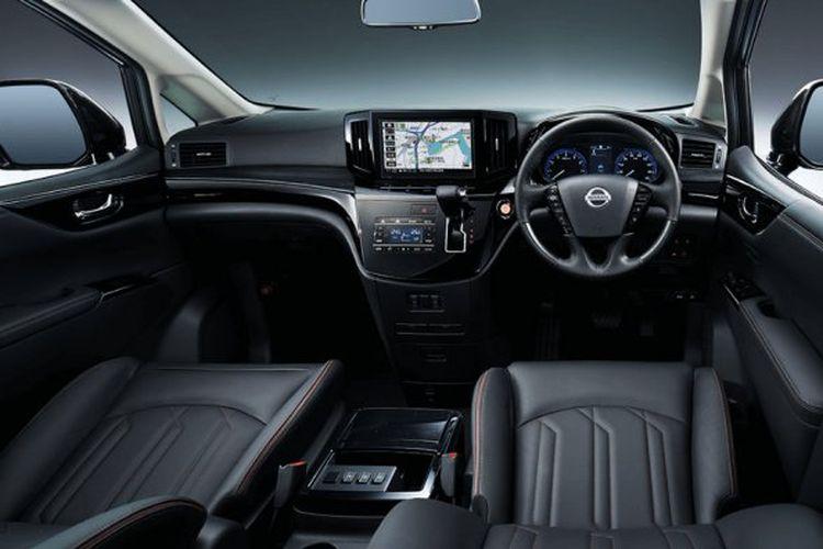 Tampak interior Nissan Elgrand generasi ketiga